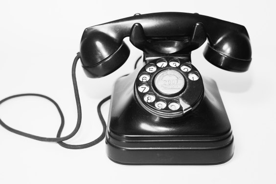 Do you dread phone calls? Does a ringing phone send chills down your spine? A ringing phone gives me creeps and here's what goes on in my mind. #theerailivedin #telephonephobia #fearoftelephone #fears #telephone