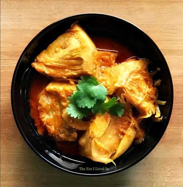 Kathal Dum Masala - Jackfruit in Yoghurt Gravy Recipe