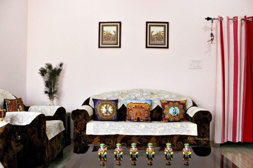Meet the colorful musician figurines and (L to R) H.H. Maharaja Sardar Singh ji of Jodhpur,  The regal architecture of Rajasthan and Maharani Sita Devi of Kapurthala.