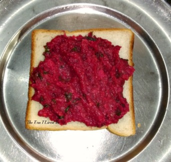 Beetroot, carrot & potato sandwich in the making