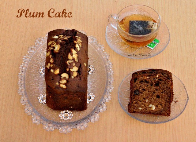Easy and tasty Christmas Plum Cake recipe to win hearts in every bite. Make your Xmas special with this traditional plum cake. #theerailivedin