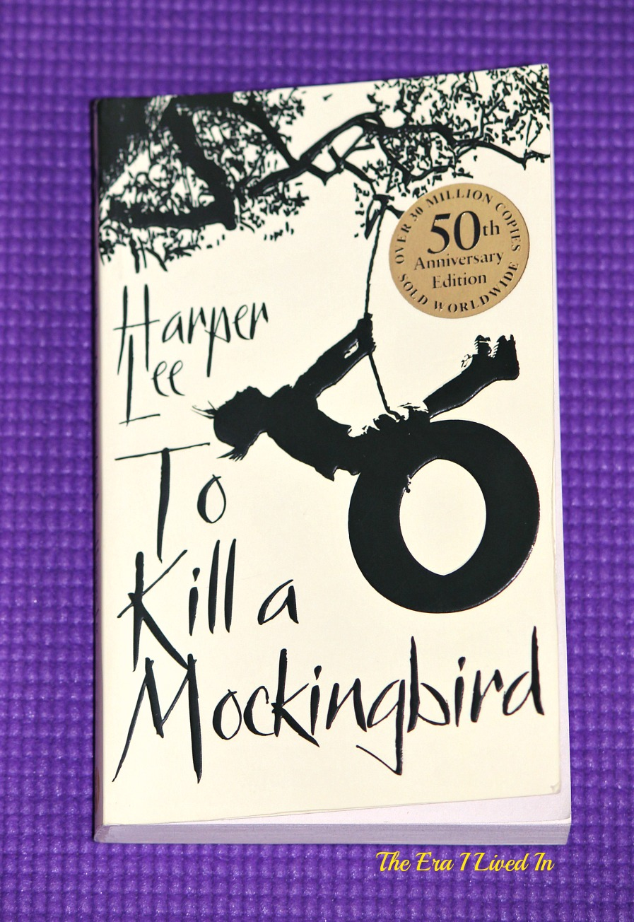 to kill a mockingbird and same The movie based on john grisham's a time to kill is a hollywoodized, modern-day version of to kill a mockingbird both movies employ many of the same themes and plot elements but the former movie is one-dimensional and predictable while the latter is innovative and purposeful.