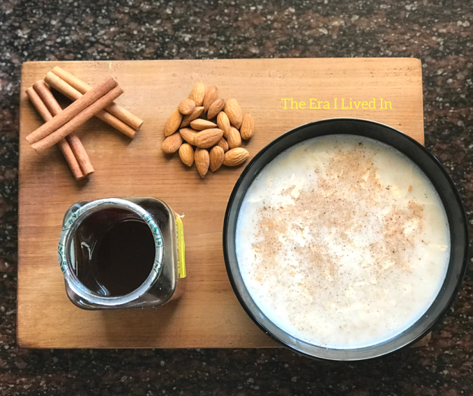 Instant almond Cinnamon Oatmeal Recipe that's ready in the microwave in 3 minutes. #healthybreakfast #Oatsrecipes #theerailivedin #breakfastrecipes #Food