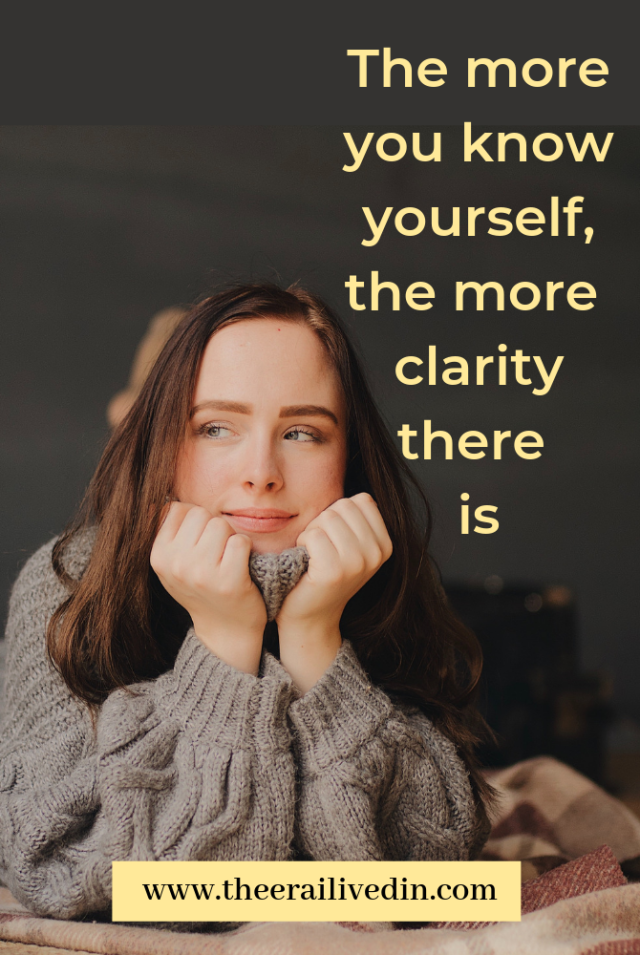 The more you know yourself, the more clarity there is. Self-reflection is the best way to find answers to the questions that'll help you become the best version of you. Here's what I learned when I deep dived into my mind and soul. #selfcare #personaldevelopment #selfdevelopment #quotestoliveby #positivequotes