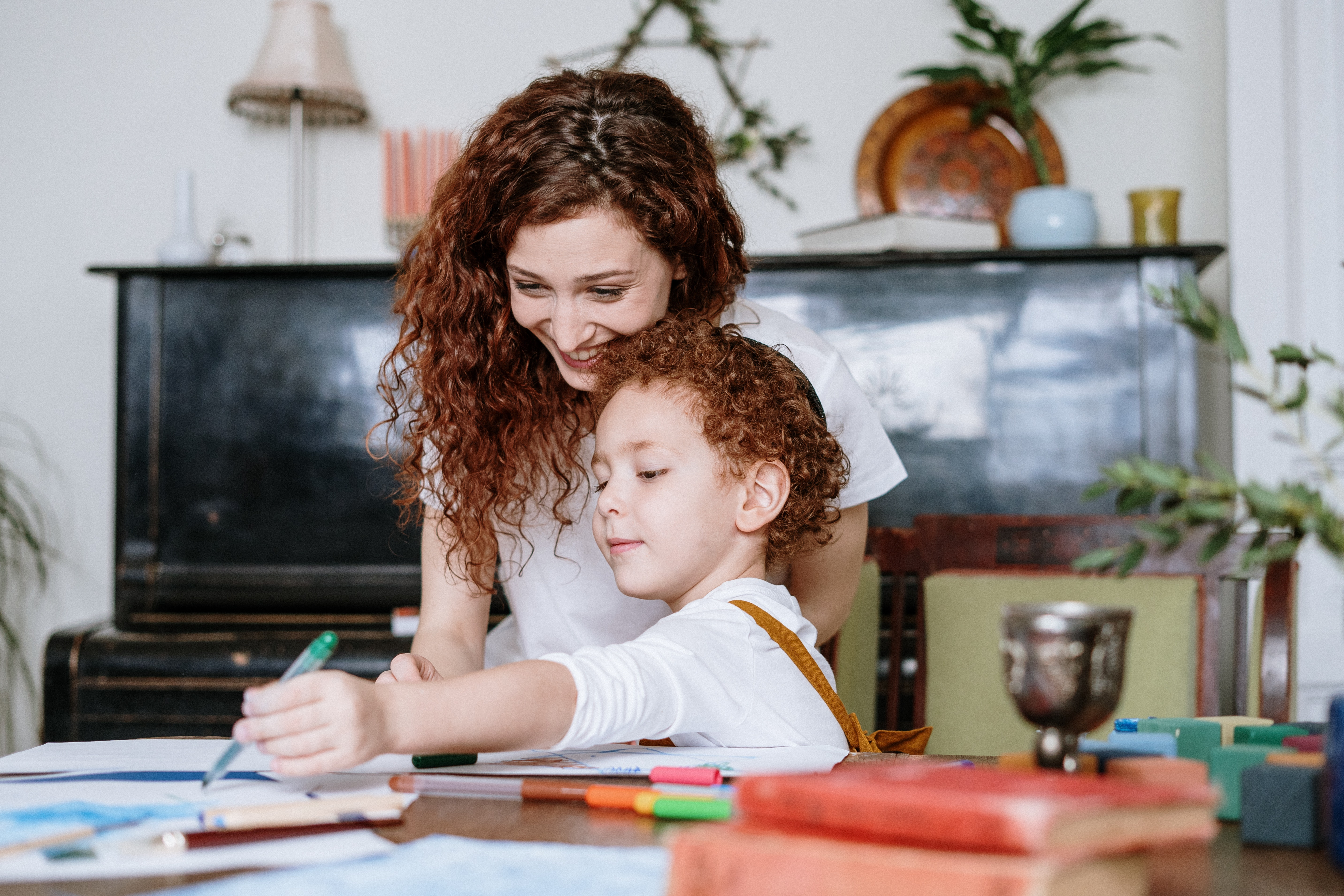 Researches have shown that stubborn, strong-willed children who defy parent authority grow up to become top earners and entrepreneurs because they choose to think ou of the box. It's a gift to be blessed with a strong-willed child #parenting #theerailivedin